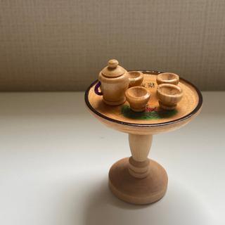 木製 ミニチュアのティーセット