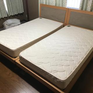 (交渉中)【中古品】ベッド+マットレス 2台