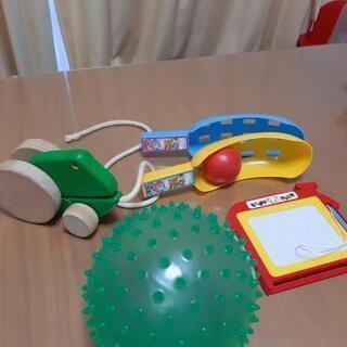 【4つセット】ボール、プルトイ(かえる)、おえかきボード、ボール...