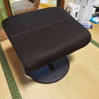 ニトリのパーソナルチェア(Ꭰメッシュ ᎠᗷᎡ)の足掛け (新品) - 家具