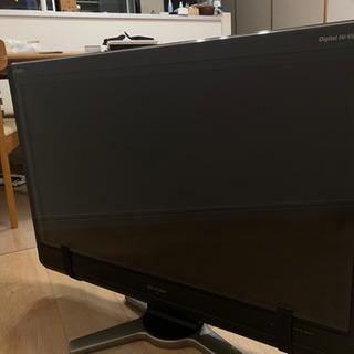 SHARP AQUOS 32型 保護パネル、fire TV stick、コード付き - 江東区