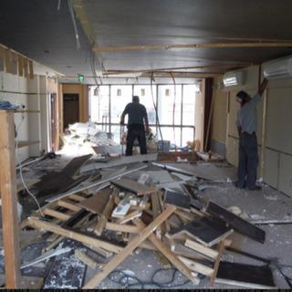 コロナ不況だから逆に景気上昇❗️月給375000円。内装解体作業員。