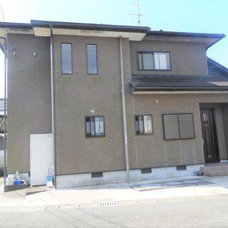大変綺麗に使用されている下長飯町2階建の住宅です
