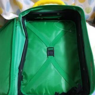 ティンカーベルのキャリーバッグです。(取り引き相手決定) - 子供用品