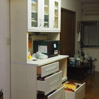 キッチンボード 白