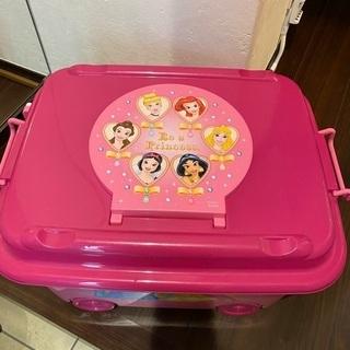 【無料】ディズニー プリンセス プラスチックケース譲ります