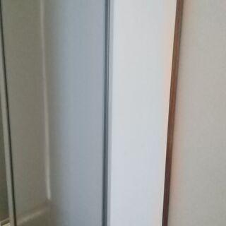 商談中シューズボックス白 縦180cm横90cm幅40cm