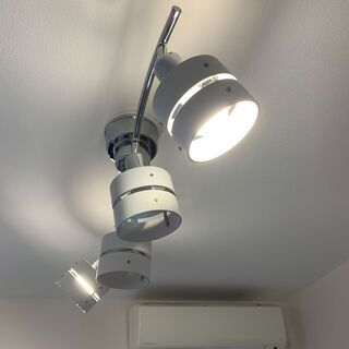【美品】オシャレ照明/ルームライト/ホワイト/白/ LED