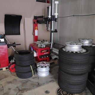 長野市~タイヤ交換、組み換え承ります。