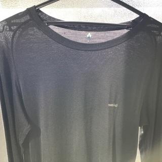 モンベルのインナー長袖シャツです。