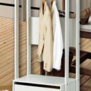 おしゃれな木製ハンガーラック - 家具