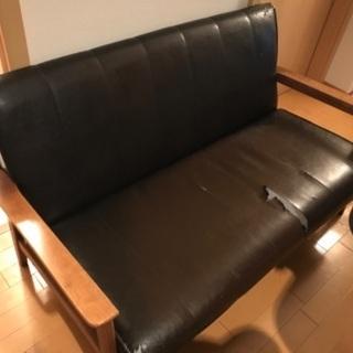 2名掛けのソファーをお譲りします