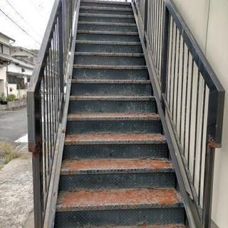 鉄骨階段の塗装と補強