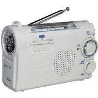 手回し充電AM/FMラジオライト KDR-107W 非常時用 防...