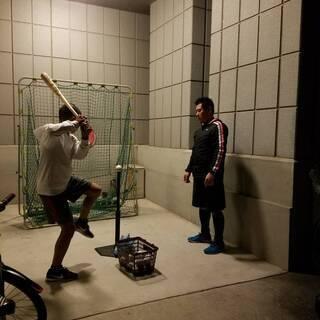 打てるようになるための身体の使い方を教えるバッティング教室