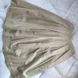 新品 秋冬 フォルムが綺麗なスカート Mサイズ 後ろゴム タック...