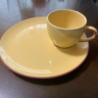 ティーカップ付お皿 2枚
