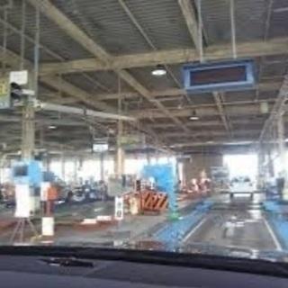 愛車の車検取得代行、車両修理、お安く承ります。