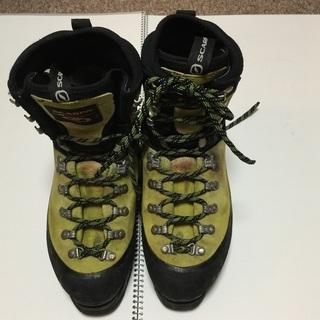 値下げ 登山靴SCARPA女性、冬用24.5cm