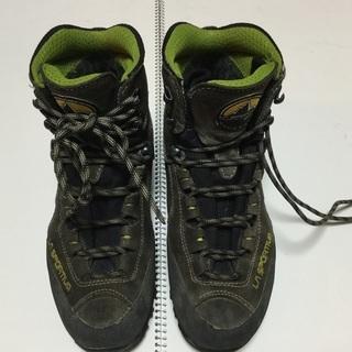 値下げ 登山靴LA SPORTIVA女性39と1/2 24.75cm