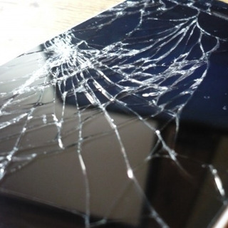 画面割れ直します! iPhone 修理