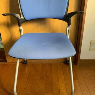 チャスター付きチェアー 椅子
