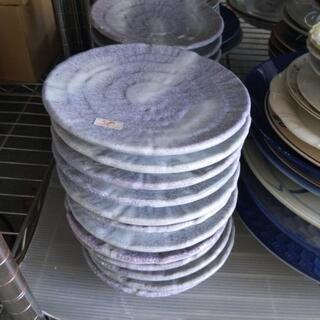 お皿 1枚50円 中古品