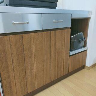 UNICO(ウニコ)のキッチンカウンター