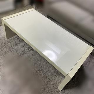 白テーブル