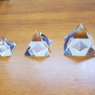 ダイヤモンド クリスタル ピラミッド