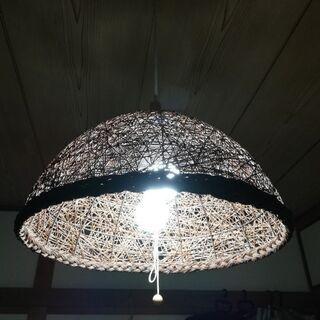 吊り下げ照明 ※電球は付きません