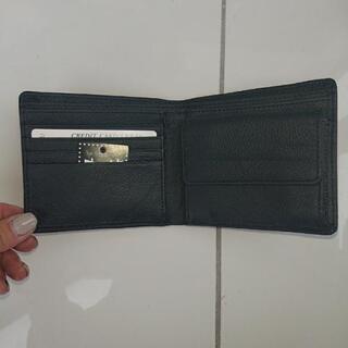 新品☆二つ折り財布 ビジネスマン向け