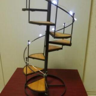 美品・らせん階段アンティーク