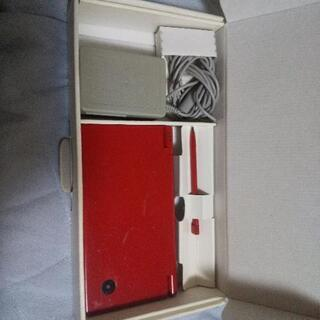 DSi(SDカードなし)・カセット多数