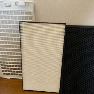シャープ SHARP KC-E70-W [高濃度プラズマクラスター7000 加湿空気清浄機(加湿17畳まで 空清31畳まで) ホワイト](1014c) − 愛知県
