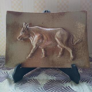 置物陶器製、牛の浮き彫り🐂値下げしました!