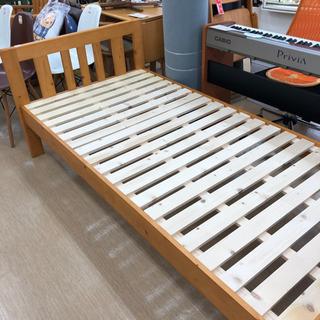 シングルサイズベッド☆木製ベッドフレーム☆シンプルデザイン…