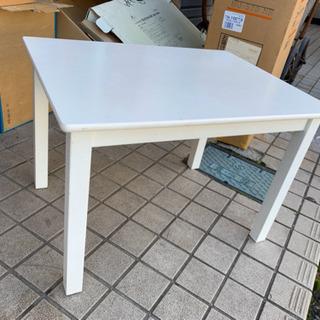 キッズテーブル 綺麗です(*^_^*) 🌈 しげん屋