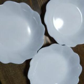 コレールのフリル皿 17センチ 3枚