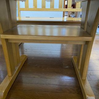 ベンチ式テーブルの画像