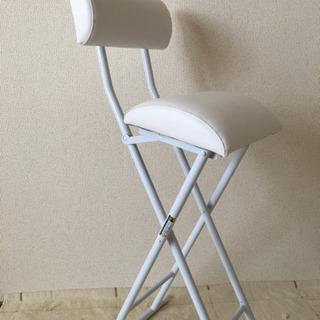 ニトリ 折り畳みパイプ椅子の画像