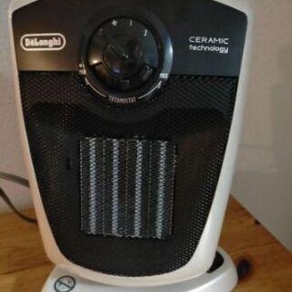 デロンギセラミックファンヒーター 美品 DCH4530J-Wの画像