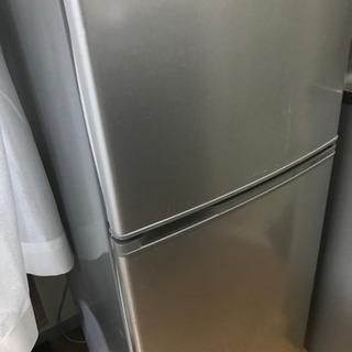 冷蔵庫 アクアの画像