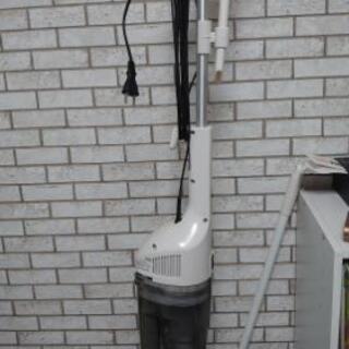 ツインバード タテ型掃除機