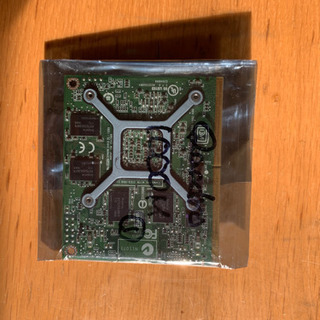 NVIDIA Quadro 1000M GPUカード ①