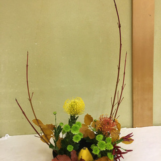 生け花 プリザーブドフラワーのお教室です。
