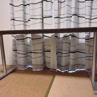 幅150センチのデスク(事務机) - 家具