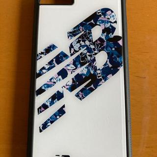 値下げしました。美品ニューバランス iPhoneSE第二世代、...