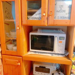 食器棚 ウッド調 2口コンセント付き