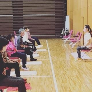 無料講座10月26日(月)10:30- シニアヨガ・健康ヨガ
